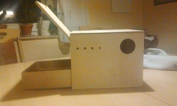 nistkasten wellensittich mit schub nistkastenbau neshyba. Black Bedroom Furniture Sets. Home Design Ideas